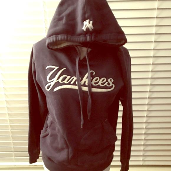c6a0c69c6 Majestic Jackets & Blazers - New York Yankees Majestic Hoodie