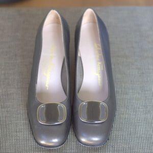 VTG Salvatore Ferragamo Buckle Ballet Shoe 5.5B