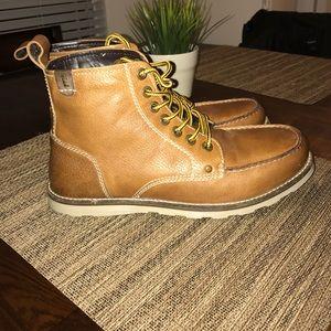 Crevo Other - Crevo Buck Leather Caramel Boots Sz 11