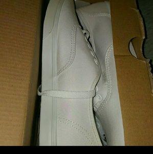Vans White Lo Pro