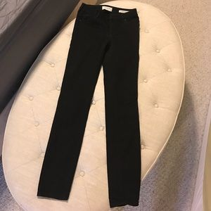 Pants - Black mid rise skinny pants