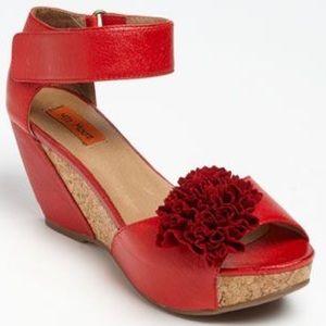 miz mooz Shoes - Miz Mooz Yona, red, floral, sandal wedges, 7.5