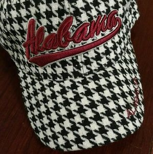 Alabama houndstooth baseball cap, never worn