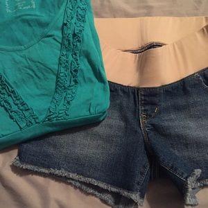 Maternity jean shorts size 2