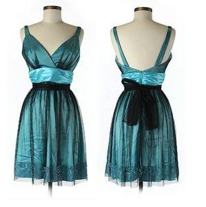 Gorgeous Aspeed Sleeveless A-Line Sash Dress