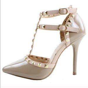 Size 8 Rockstud T-strap heels nude