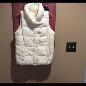 Old Navy Jackets & Blazers - Old Navy puffer vest