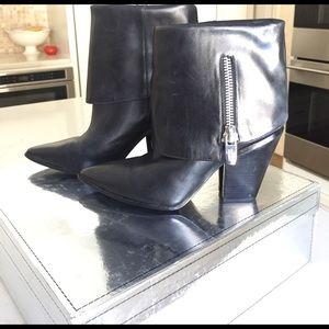 Sigerson Morrison Shoes - Sigerson Morrison black heeled bootie