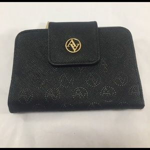 Adrienne Vittadini Handbags - ADRIENNE VITADINI Saffiano Style Signature Wallet