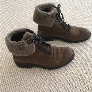 Carlo Pazolini Shoes - Brown Suede Boot
