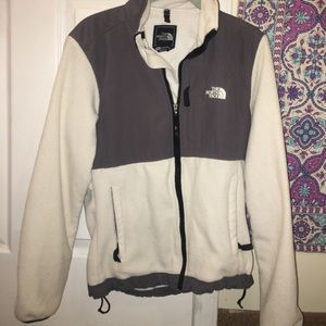 The North Face Jackets & Blazers - Women's Fleece North Face in white/gray!