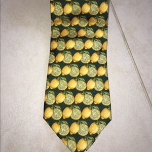 Gucci Other - Gucci Tie like new , lemons print !!!!