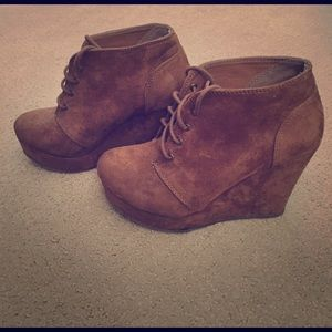Shoes - Brown suede wedges