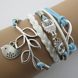 Charms infinity bracelet