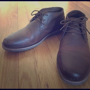 Kenneth Cole Other - Men's Kenneth Cole Leather Chukka Boots