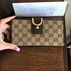 Gucci Handbags - 100% authentic Gucci Wallet
