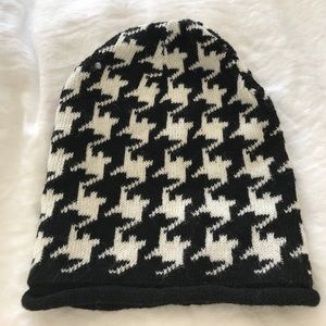 Moncler Accessories - Black and white houndstooth beanie