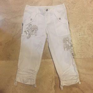 White Capri pants.