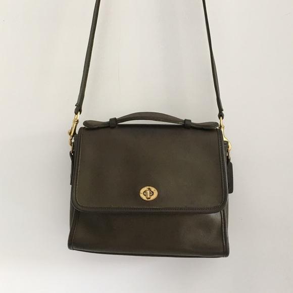 Coach Handbags - Vintage Coach Legacy Green Court Bag 6e4876521a754