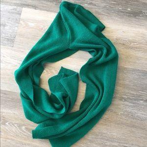 Capezio Accessories - Capezio hooded scarf
