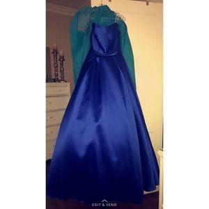 Alyce Paris Dresses & Skirts - BRAND NEW. Alyce Paris Spring 2017 Collection
