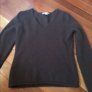Tops - Brown v neck sweater