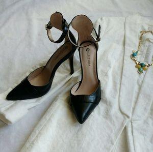 Altuzarra Shoes - Black Altuzarra Heels (6.5)