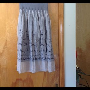 Dresses & Skirts - Beautiful taupe midi skirt!