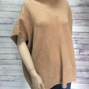 NWT Lou & Grey oversized camel sweater size XS/S