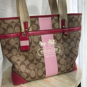 Coach Handbags - Coach Signature Tote