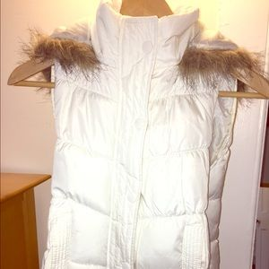 White Puffer Vest Arizona Jean Co. with hood!