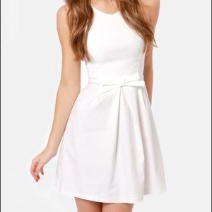 Lulus Dresses & Skirts - White size small A-line Lulu's dress