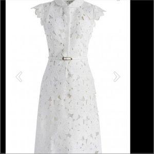 chicwish Dresses & Skirts - Beautiful lace dress