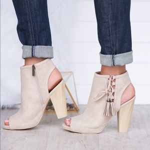 Stone tassel cutout Lace Up bootie