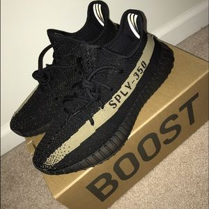 Light Pink Yeezy boost 350 V 2 black and green Youth