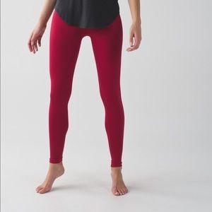 lululemon athletica Pants - Lululemon 'Zone in Tight' yoga pants