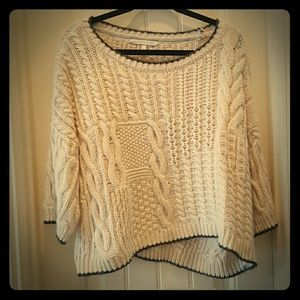 Victoria's Secret Sweaters - VICTORIAS SECRET Chunky Cable Knit Sweater