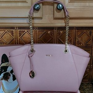 Furla Handbags - 🎉HP 3/19🎉  Furla Julia Chain Strap Leather Tote