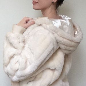 South Pole Jackets & Blazers - 🍰SOUTH POLE🍰 LUXE FAUX FUR IVORY CLUB JACKET