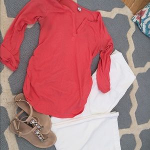 Old Navy Tops - Pink 3/4 sleeve maternity top