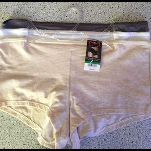 Maidenform Other - NWT Maidenform 3 cotton boy shorts/panties 7/large