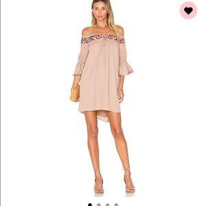 Vava by Joy Han Dresses & Skirts - Vava by Joy Han off the shoulder dress