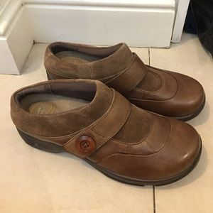 Dansko Shoes - Dansko Brown Leather Clogs size 40