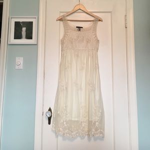 Dresses & Skirts - Beautiful gauzy summer dress!
