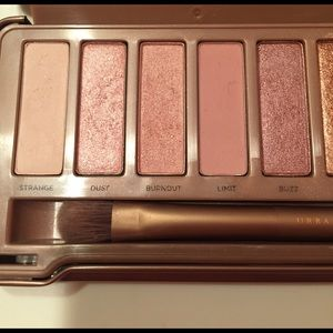 Urban Decay Other - Naked 3 Urban Decay eyeshadow palette