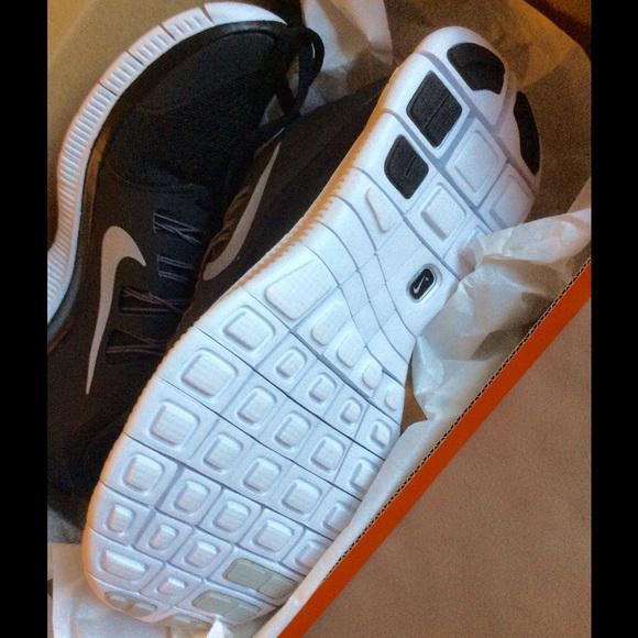 New Nike Free run 5.0 plus black white 4523298ccd4c