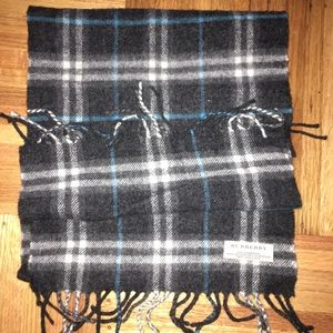 Burberry Accessories - Authentic Burberry Lambswool Plaid Scarf
