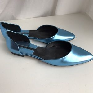 Metallic blue flats from Zara