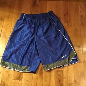 Nike Other - Men's Nike athletic shorts size L