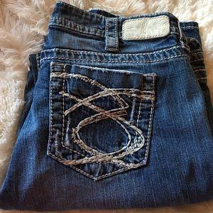 29% off Silver Jeans Denim - Silver Lola 17